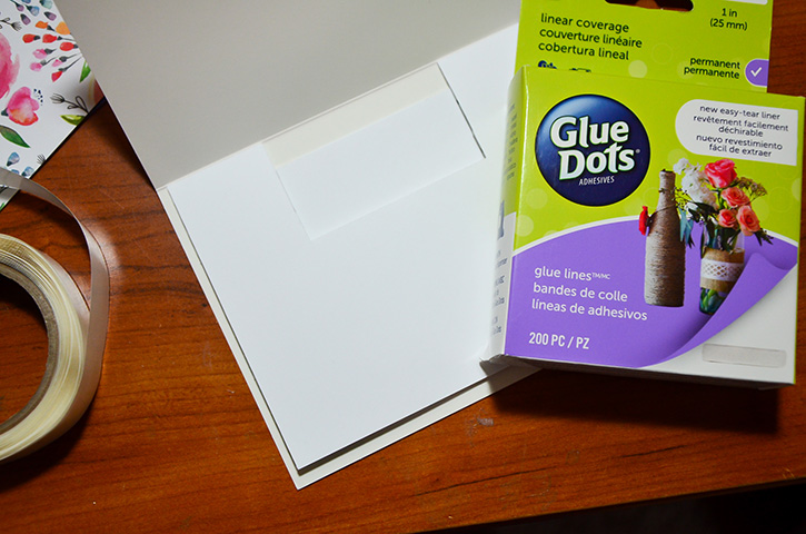 Glue-Dots-Websters-Pages-pop-up-cards-lines
