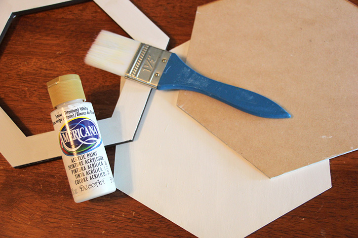 Glue-Dots-Craft-Cuts-Chicken-paint