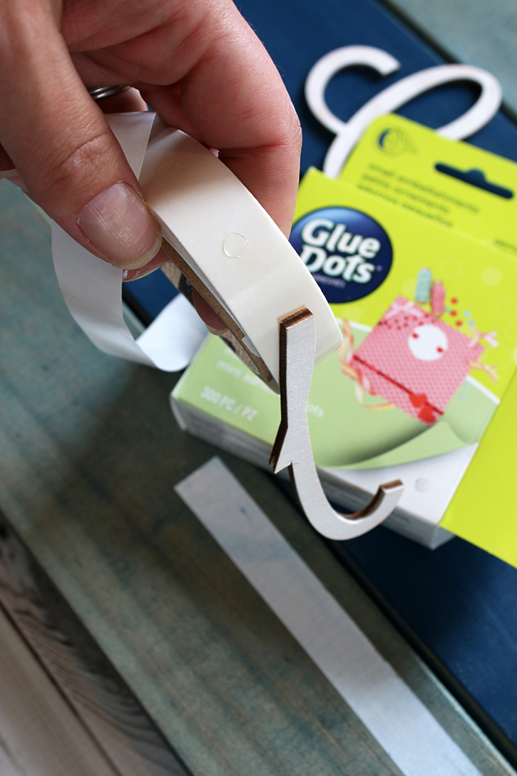Glue-Dots-Craft-Cuts-Collect-Memories-attach