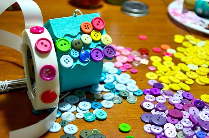 Glue-Dots-Button-Birdhouse-attach