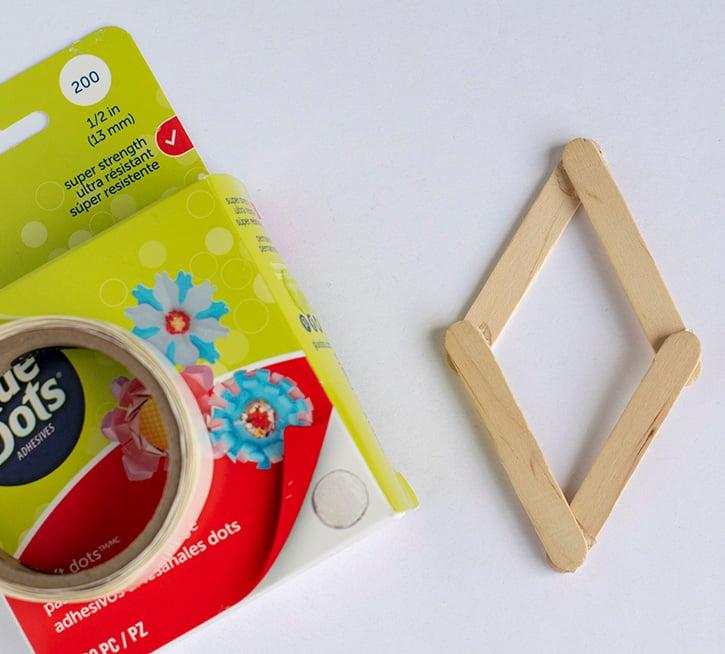 Glue-Dots-Spring-Kite-attach