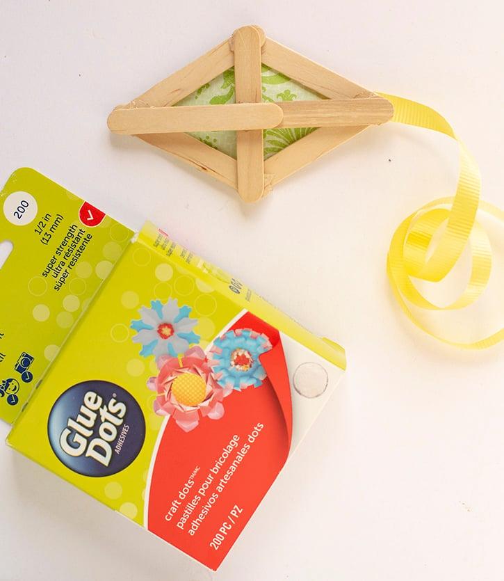 Glue-Dots-Spring-Kite-ribbon