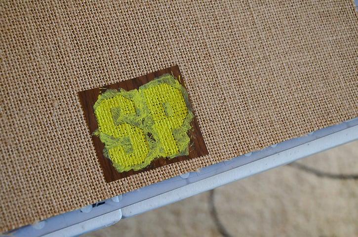 Glue-Dots-Spring-Vases-stencil