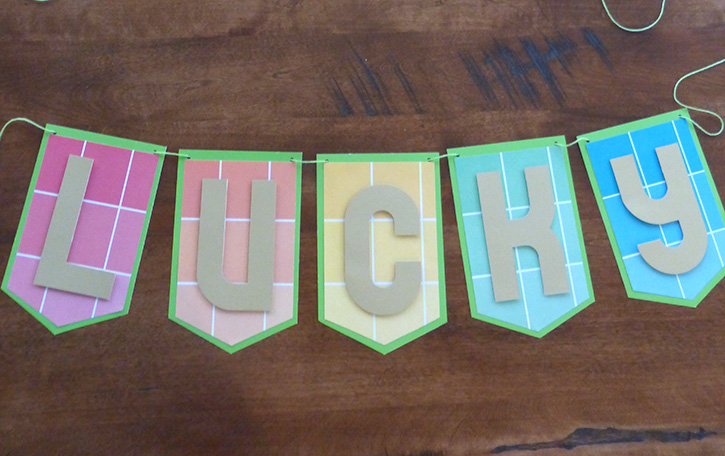 Glue-Dots-Lucky-Banner-finished