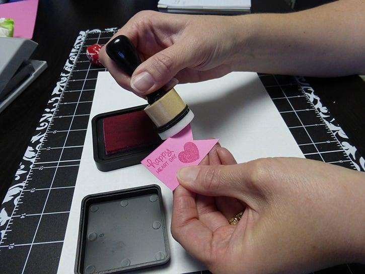 Glue-Dots-Happy-Heart-ink