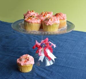 DIY Cupcake Display - Finished