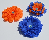 Show off your school spirit or your personal style and creativity by making magnetic flower decorations. Use Glue Dots Advanced Strength adhesive, flower petals, and magnets to make flower decorations for your locker.