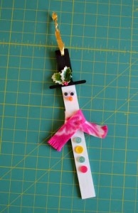 glue-dots-paint-stick-snowman