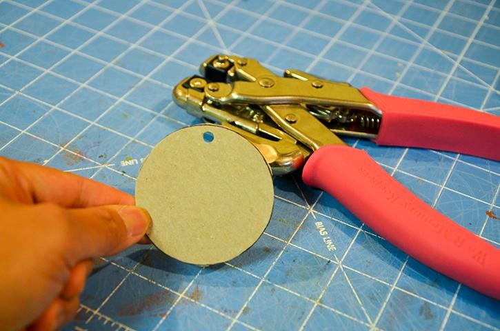 glue-dots-ribbon-ornament-circle-cut-out.jpg